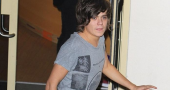 He's still at it... Frankie Cocozza takes 9 girls back to his hotel room