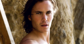 Taylor Kitsch discusses Savages