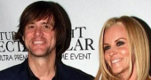 Is Jenny McCarthy talking about sex life with Jim Carrey?