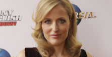 Gillian Anderson loses eyelashes in on-set accident