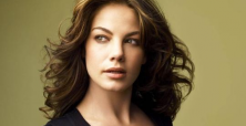 Pregnant and patriotic Michelle Monaghan explores motherhood as a soldier