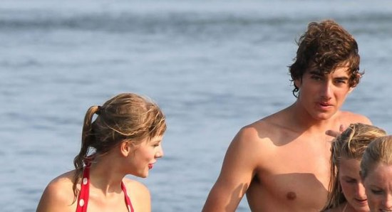 Taylor Swift and Conor Kennedy no longer together