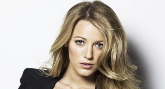 Blake Lively returns to the set of Gossip Girl after spending weekend with Ryan Reynolds