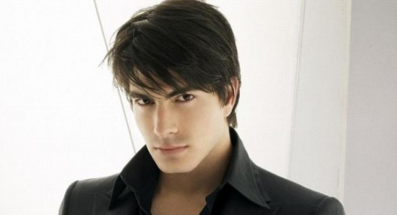 Brandon Routh signs up for Crooked Arrows