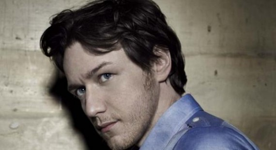 "James McAvoy ""Brits dumb down films for US"""