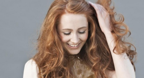 Janet Devlin discusses direct to fans album