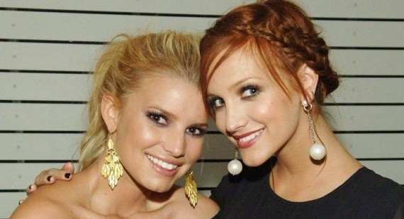 Jessica Simpson is expecting a baby daughter