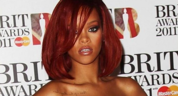 Rihanna's Cryptic Tweets To Get Chris Brown's Attention?