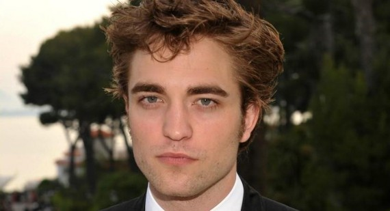 Robbert Pattinson Still Concerned About Kristen Stewart Depsite Split