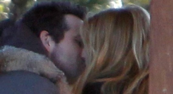 Ryan Reynolds and Blake Lively kiss in public