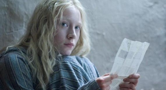 Do you want to play the spies ?  570_Saoirse-Ronan-in-new-stills-from--How-I-Live-Now--1438699138