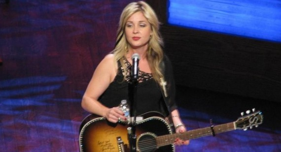 Sunny Sweeney is a pillow lover