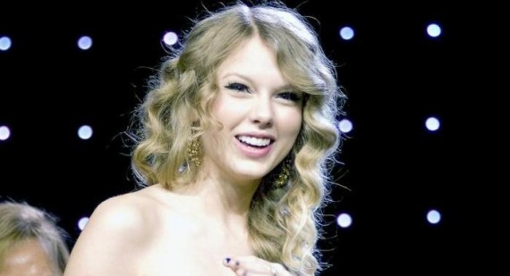 Taylor Swift reveals how she falls in love