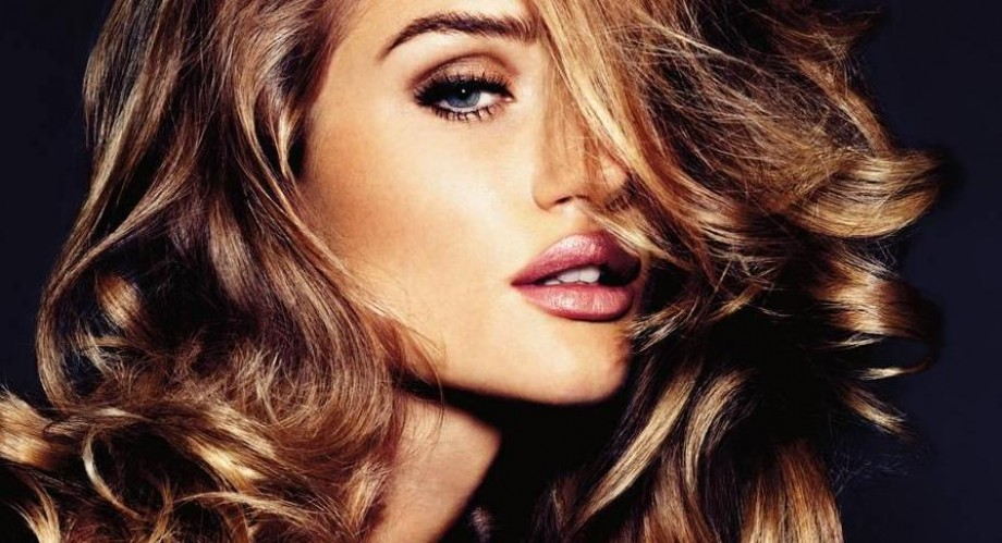 Rosie Huntington-Whiteley rejects sex symbol status