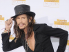 Rock wild man Steven Tyler makes move to country music scene
