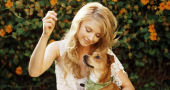 Elisabeth Harnois reveals her run-in with the unexplained