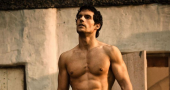 Henry Cavill discusses his love life at Comic-Con