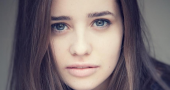 Holly Earl nominated for top theater award for her work in 'The Father'