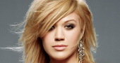 Kelly Clarkson talks engagement and marriage