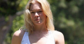 LeAnn Rimes laughs off pregnancy claims