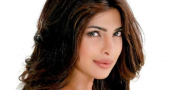 Priyanka Chopra causes massive fan commotion in West Hollywood