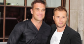 Robbie Williams rejects X Factor to have another baby