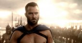 Sullivan Stapleton leads the charge in new '300: Rise of an Empire' trailer
