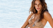 Alessandra Ambrosio goes make-up free and still looks as beautiful as ever