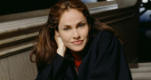 Amy Brenneman plays 'silent' role and impresses in