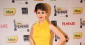 Anushka Sharma surprises fans with new 'chic' hairstyle for 'PK' role