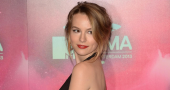 Bridgit Mendler overcomes stage fright to thrive as concert performer