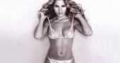 Elsa Pataky's body looking great just months after giving birth to twins