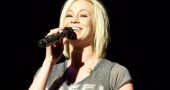 Kellie Pickler congratulates Amber Riley on Dancing With The Stars success