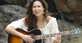 Minnie Driver talks juggling motherhood with acting career