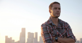 Taylor Kitsch's rumoured butting of heads with Vince Vaughn earns him praise
