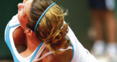 Who can beat Simona Halep at WTA Finals in Singapore