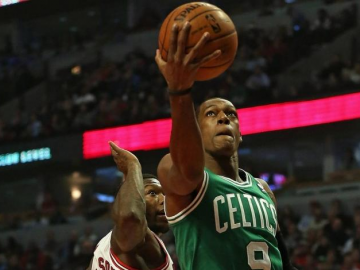 Lakers and Celtics discussing Rajon Rondo - Dwight Howard trade