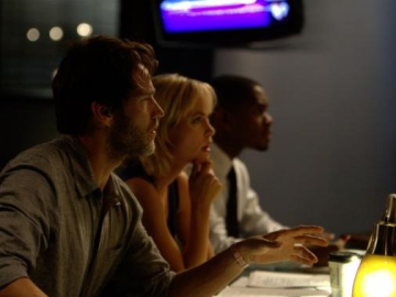 Radha Mitchell, Stephen Moyer and Torrey DeVitto in new Evidence trailer