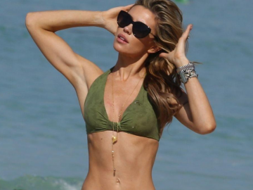 Abbey Clancy looks stunning in new Ultimo shoot