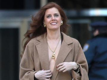 Amy Adams' pursuit of 'Nocturnal Animals' earns her insider praise & respect