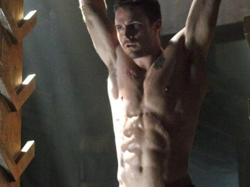Arrow star Stephen Amell gives his views on a potential Suicide Squad spin-off
