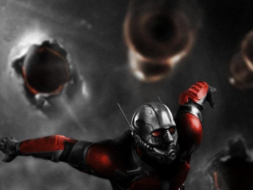 Corey Stoll describes his Yellowjacket suit for Marvel's Ant-Man