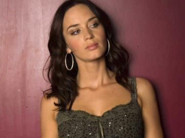 Emily Blunt set for a very happy 2014 both professionally and personally