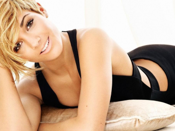 Frankie Sandford and Wayne Bridge wedding to be a low key affair