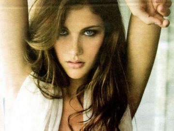 Girl of the Day: American model Anna Speckhart