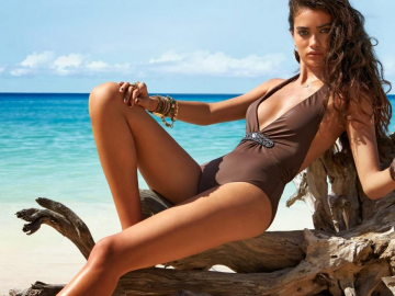 Girl of the Day: Stunning Swedish model Kelly Gale