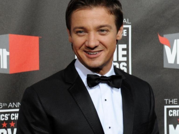 Hawkeye actor Jeremy Renner splits from wife Sonni Pacheco after just 10 months