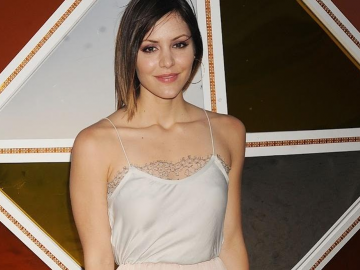 Katharine McPhee forgetting the little man?