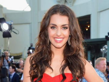 Kathryn McCormick ready to shine on Vietnam reality dance show