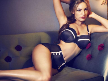 Kelly Brook's hot body is all thanks to living in Los Angeles